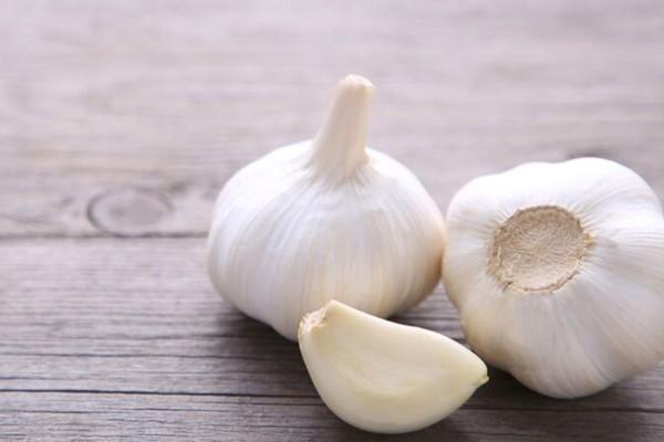 Προσοχή: Τόσο σκόρδο πρέπει να τρώτε καθημερινά για να αποφύγετε τον καρκίνο