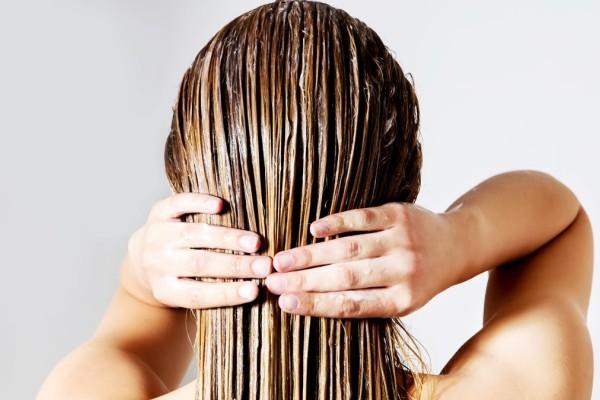 2 +1 σπιτικές μάσκες για λαμπερά και ενυδατωμένα μαλλιά