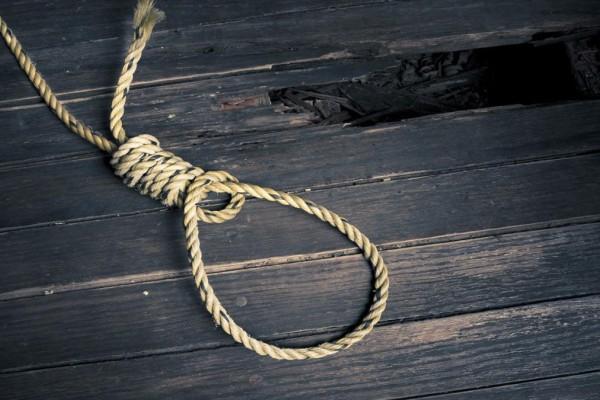 Εύβοια: 46χρονος κρεμάστηκε από το μπαλκόνι του σπιτιού του!