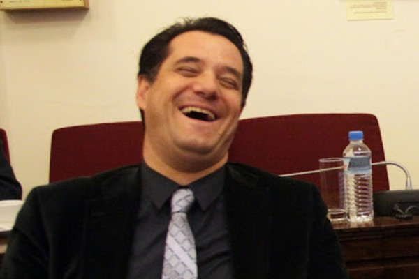 Άδωνις Γεωργιάδης: «Οι ανεμβολίαστοι δεν θα μπορούν να πάνε πουθενά»