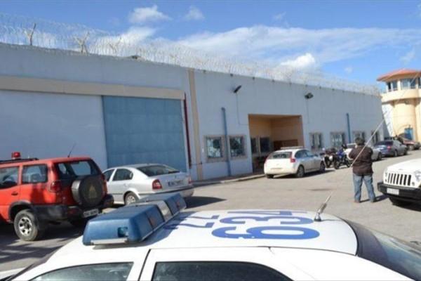 Έκτακτες έρευνες στις φυλακές Χανίων και Τρικάλων