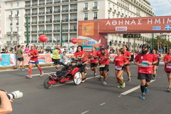 Οι Finish Liners κοκκίνισαν τους δρόμους στον Ημιμαραθώνιο της Αθήνας
