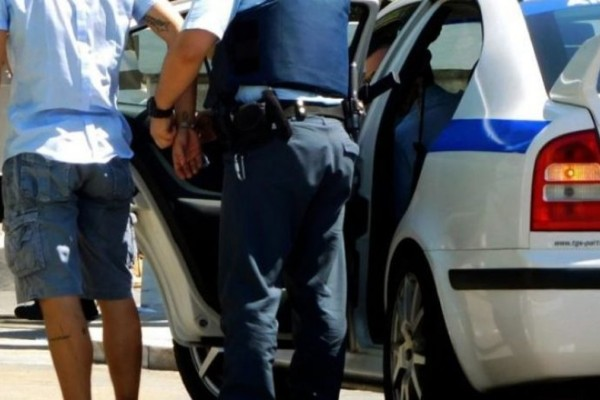 Αγία Παρασκευή: Συνελήφθη 57χρονος επιδειξίας που αυτοϊκανοποιούνταν σε παγκάκι