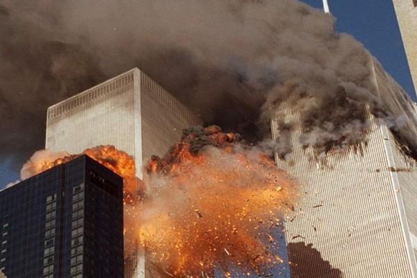 Δίδυμοι Πύργοι: Πώς η αρχιτεκτονική οδήγησε στον θάνατο εκατοντάδων ανθρώπων - Δόθηκαν λάθος οδηγίες