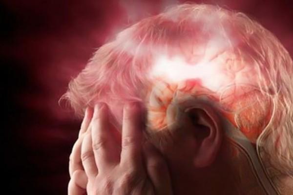 Καρκίνος στον εγκέφαλο: Δώστε προσοχή! Αυτά είναι τα πρώιμα σημάδια