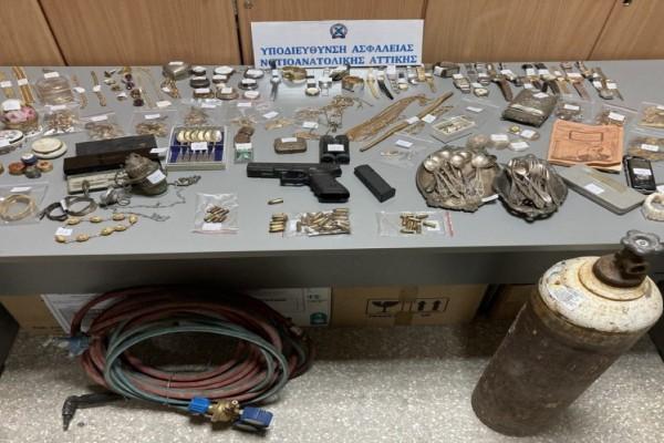 Εξαρθρώθηκε εγκληματική οργάνωση με λεία 700.000 ευρώ!  Δρούσε σε οκτώ περιοχές της Αττικής (Video)
