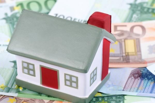 ΕΝΦΙΑ: Έρχεται... ο λογαριασμός για 6 εκατ. Έλληνες - Ποιοι τον πληρώνουν μισό και ποιοι καθόλου