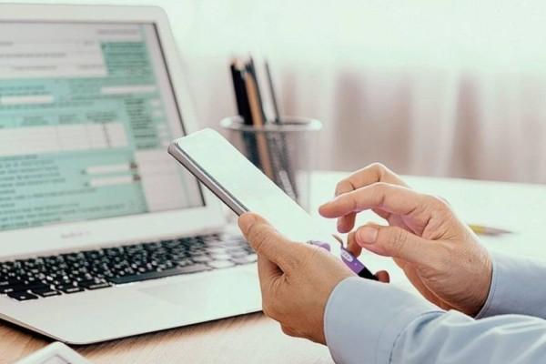 Φορολογικές δηλώσεις: Παράταση στην υποβολή τους - Ποιο το πρόστιμο αν δεν τις υποβάλετε