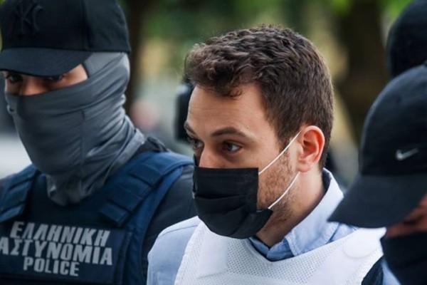 Γλυκά Νερά: Σε κατάσταση αμόκ ο Μπάμπης Αναγνωστόπουλος μετά από αυτό που άκουσε - Πρώτη φορά αγχωμένος στην φυλακή