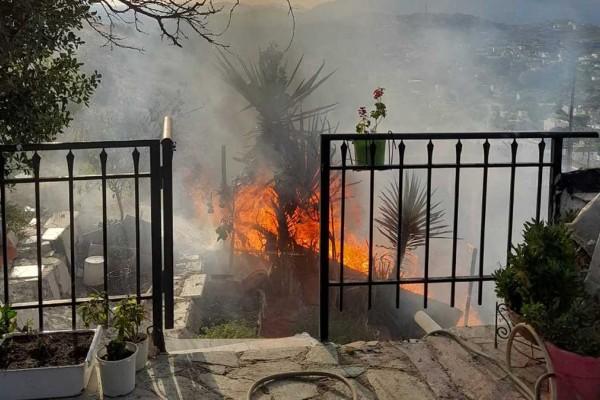 Συναγερμός στα Καλύβια: Έκρηξη σε σπίτι με δύο τραυματίες