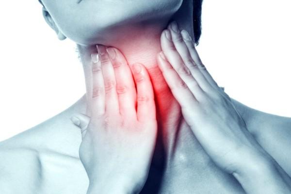 Καρκίνος του λάρυγγα: 5+1 σημάδια ότι βρίσκεστε σε κίνδυνο