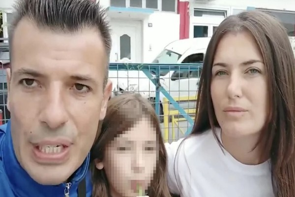 Χαμός στην Κατερίνη με γονείς αρνητές: «Σατανικά τα τεστ και οι μάσκες - Εγκληματίες οι γονείς που φοράνε μάσκες στα παιδιά τους»