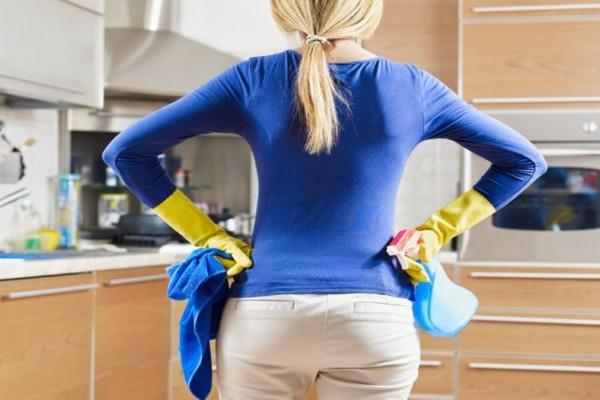 Προσοχή! Απαγορεύεται να καθαρίσεις με ξύδι…
