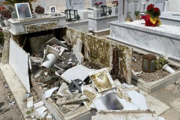Σάλος στη κηδεία του Mad Clip: Φανς του τράπερ κατέστρεψαν τάφο!