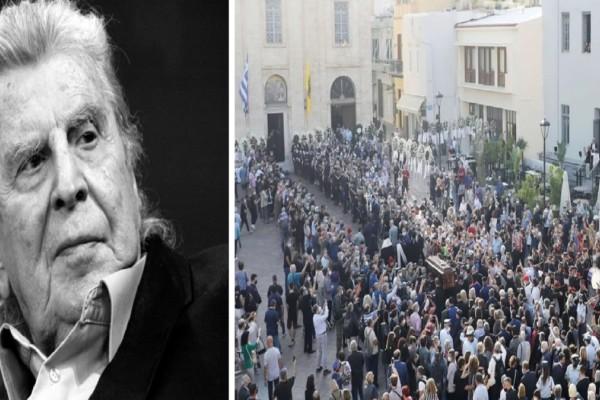 Μίκης Θεοδωράκης: Ύστατο χαίρε στον Γαλατά Χανίων! Έφτασε στην Κρήτη η σορός του - Συγκινητικές στιγμές (Video)