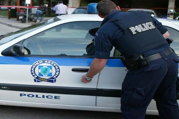 Ληστεία σε τράπεζα στο κέντρο της Αθήνας - Με βαρύ οπλισμό οι δράστες