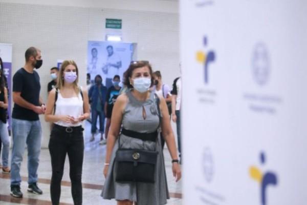 Lockdown για ανεμβολίαστους: Το νέο μέτρο- έκπληξη που δεν περίμενε κανείς δείχνει τις προθέσεις της κυβέρνησης