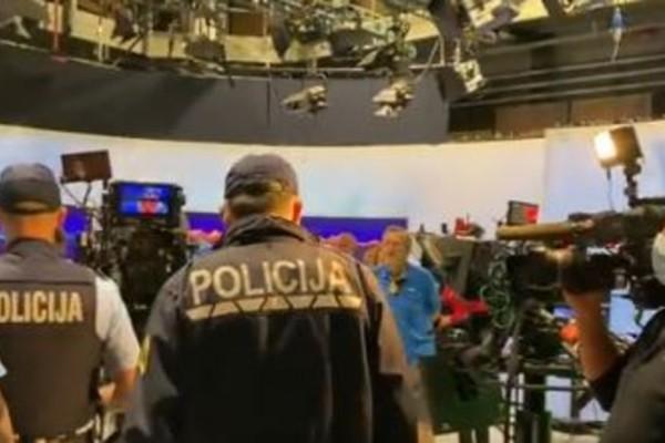 Σλοβενία: Αρνητές του κορωνοϊου εισέβαλαν στο στούντιο της δημόσιας τηλεόρασης