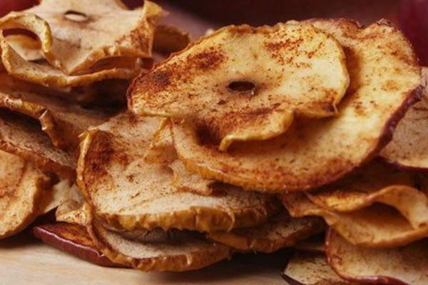 Τσιπς μπανάνας με κανέλα: Φτιάξε το πιο τέλειο γλυκό σνακ!