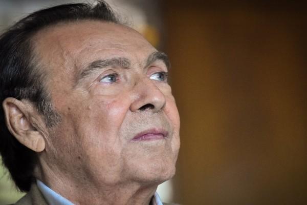 Τόλης Βοσκόπουλος: Άδειοι οι τραπεζικοί του λογαριασμοί!