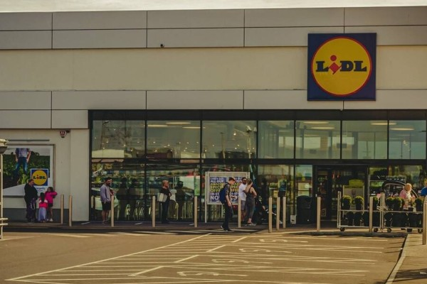 Έκτακτη ανακοίνωση από τα Lidl! Σοκ για εκατομμύρια πελάτες