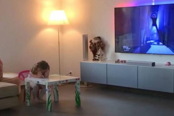 Πατέρας έβαλε κρυφή κάμερα για να παρακολουθεί την 4χρονη κόρη του - Αυτό όμως που κατέγραψε... (Video)
