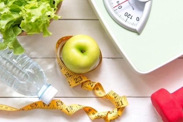Διαλειμματική δίαιτα: Θα εκπλαγείτε με πόσα κιλά θα χάσετε σε έναν μήνα
