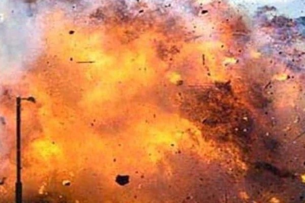 Τρόμος στο Αφγανιστάν: Έκρηξη σε τζαμί – Πάνω από 100 νεκροί