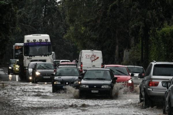 Κακοκαιρία «Μπάλλος»: Καταστροφές σε Κέρκυρα - Αγνοείται άντρας στην Εύβοια