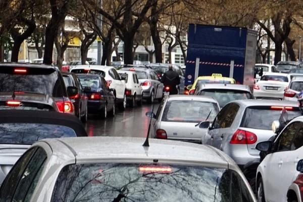 Κακοκαιρία «Μπάλλος»: Χάος στους δρόμους της Αθήνας - Πού επικρατεί μποτιλιάρισμα