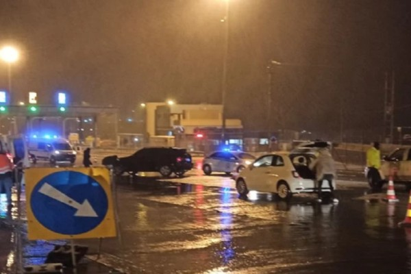 Κακοκαιρία «Μπάλλος»: Κλειστή η Εθνική Οδός Θεσσαλονίκης-Καβάλας - Εγκλωβίστηκαν οδηγοί!