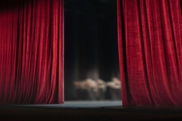 Καταγγελία σοκ: Ηθοποιός πιέστηκε ψυχολογικά και αυτοκτόνησε!