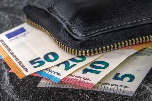 Κατώτατος μισθός στα 750 ευρώ: Έρχονται νέες αποφάσεις από την κυβέρνηση
