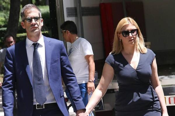 «Βαρύ» πένθος για Σία Κοσιώνη και Κώστα Μπακογιάννη: «Έσκασε» η απόλυτη δυστυχία στο σπίτι τους