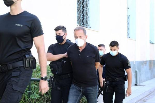 Δημήτρης Λιγνάδης: Μηνύει όλα τα φερόμενα ως θύματά του και τους μάρτυρές τους