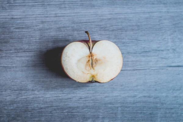 Προσοχή! Γι' αυτό δεν πρέπει να φάμε φρούτο που έχει αρχίσει να χαλάει!