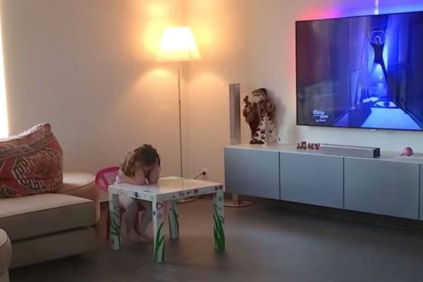 Πατέρας έβαλε κρυφή κάμερα για να παρακολουθεί την 4χρονη κόρη του - Αυτό όμως που κατέγραψε δεν το περίμενε με τίποτα (Video)