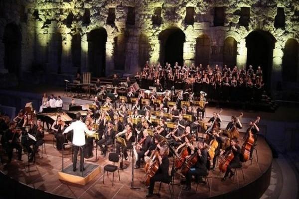 Carl Orff: Carmina Burana στο Μέγαρο Μουσικής