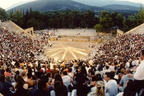 Φεστιβάλ Επιδαύρου: Αυτές τις παραστάσεις δεν θες να τις χάσεις!