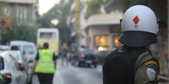 Θετικός στον κορωνοϊό άνδρας των ΜΑΤ - Σε καραντίνα 15 αστυνομικοί