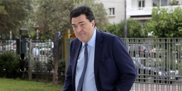 «Σε περιμένουμε…» - Το συγκλονιστικό άρθρο της «Καθημερινής» για τον Αλέξη Παπαχελά