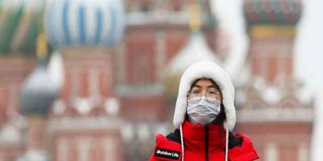 Κορωνοϊός Ρωσία: Κλείνουν τα σύνορα και όλα τα μαγαζιά εστίασης
