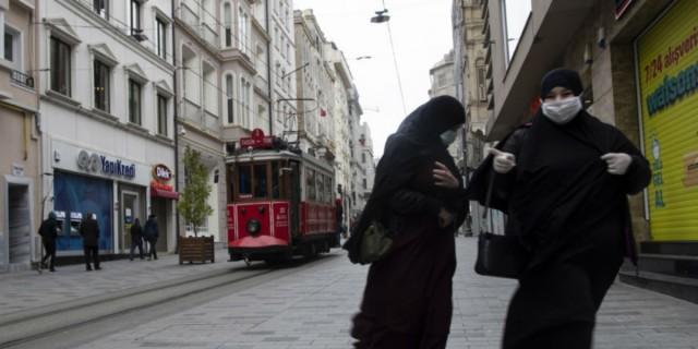 Κορωνοϊός Τουρκία: Πάνω από 900 οι νεκροί - Ξεπέρασαν τις 42.000 τα κρούσματα