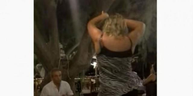 35χρονη γυναίκα χόρεψε τσιφτετέλι και
