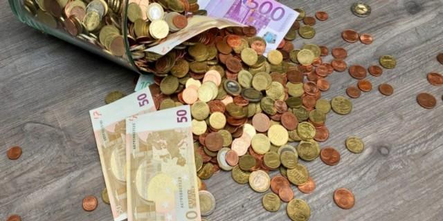 Οριστικό: Εκείνη τη μέρα θα καταβληθεί το επίδομα των 800 ευρώ