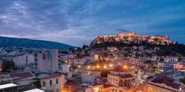Αθήνα: Οι καλύτερες ταράτσες και αυλές για όλα τα πορτοφόλια μετά την άρση των μέτρων