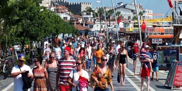 Κορωνοϊός: Ετοιμάζουν τεστ για τους τουρίστες σε 20 νησιά