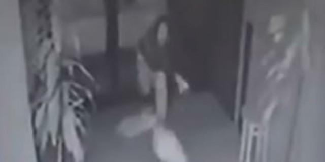21χρονη μητέρα τσακώθηκε με τον εραστή της και έβγαλε την οργή στο μωρό της - Σοκάρουν τα όσα κατέγραψε η κάμερα (Video-Σκληρές εικόνες)