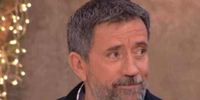 Σπύρος Παπαδόπουλος: Το νέο βίντεο που «καίει» τον παρουσιαστή