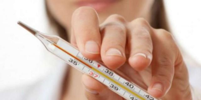 5 απαγορευμένες τροφές - Μην τις τρώτε όταν έχετε πυρετό